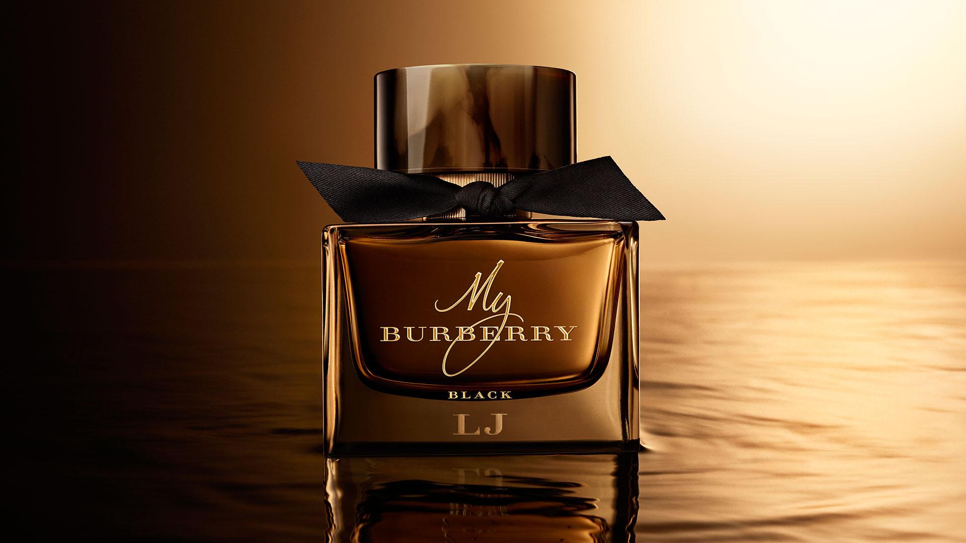Gorgeous light Blue Women Perfume برند :Gorgeous بوی مشابه : My Burberry Black Perfume
